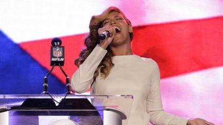 Beyonce AP Singing 660